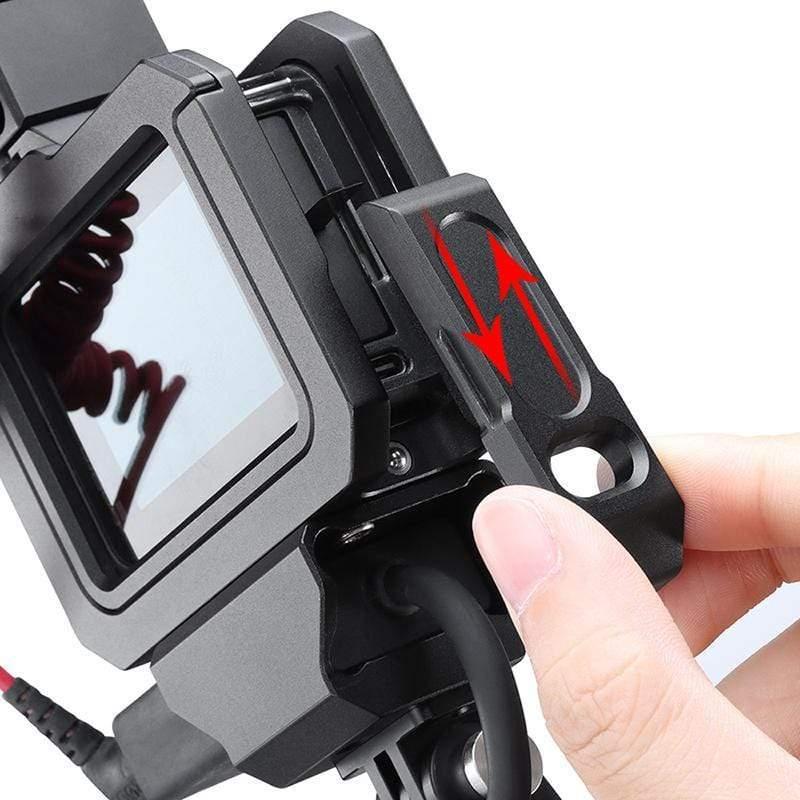 фото свободного доступа к аккумулятору в рамке GoPro 8