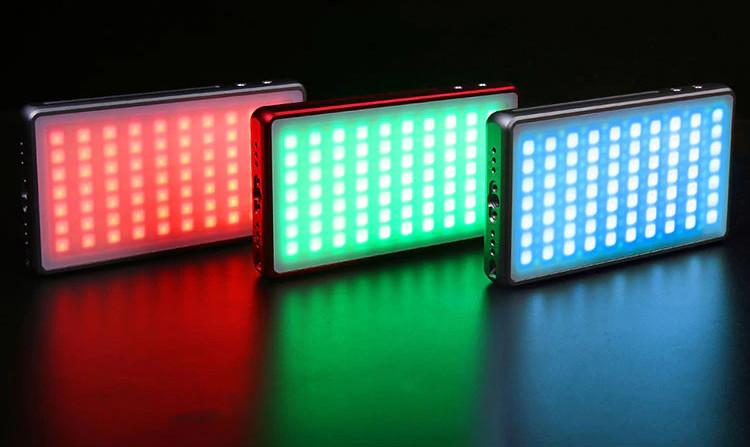 изображение RGB накамерного света Fotobetter R190