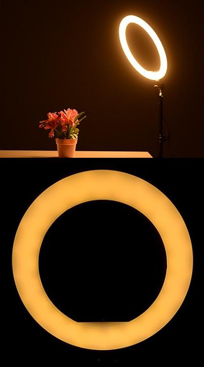 изображение теплого света на световом кольце для телефона