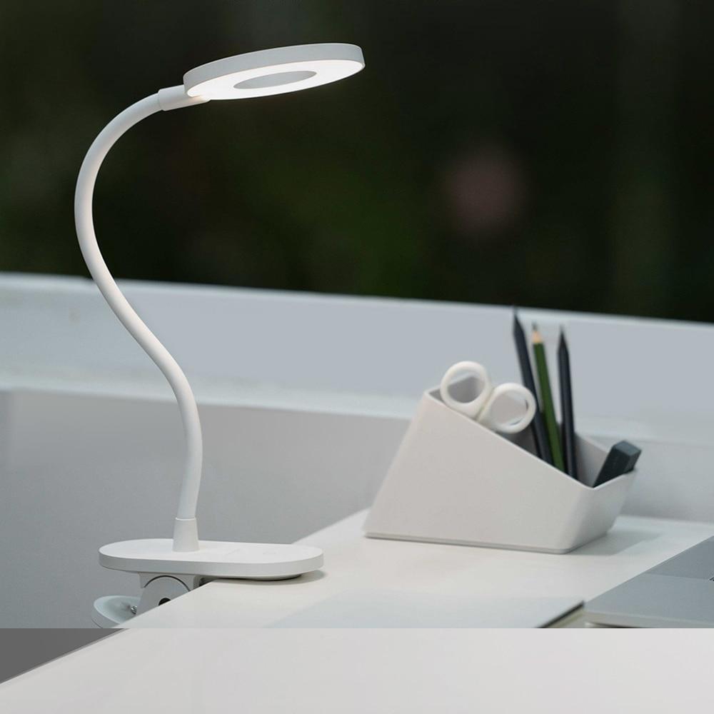 фото настольной лампы Xiaomi Yeelight LED J1